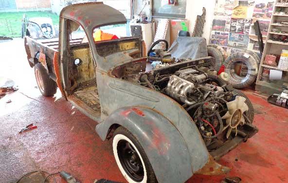 1940s-peugeot-202-8